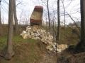 Budování vrchní hrázky - jaro 2014